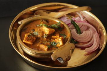 Lasooni Paneer Curry_Close Up